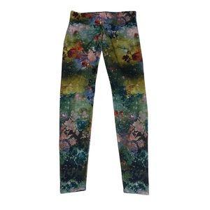 Onzie Watercolor Floral Leggings